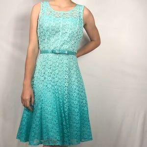 Leslie Fay Lace Ombre Dress